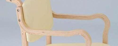 介護椅子の特徴
