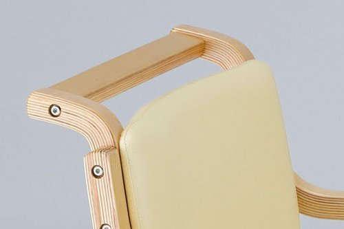 介護椅子のカタログ上の外寸サイズ